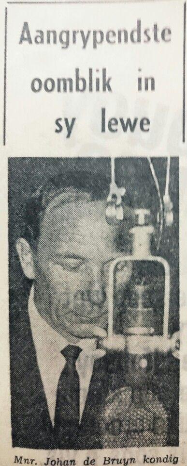 Johan du Bruyn kondig dr. Verwoerd se dood aan, Radio Suid-Afrika. Hy het adv.J.G.Strydom asook Jan Smuts se dood aangekondig.