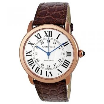 18kt rose gold case with a brown alligator leather strap. Fixed 18kt rose gold bezel. Silvered opaline dial with blue hands and Roman numeral hour markers. 24 hour markings. minute markers around an inner ring. Dial Type: Analog. Date display appears at the 3 o'clock position. Automatic movement.