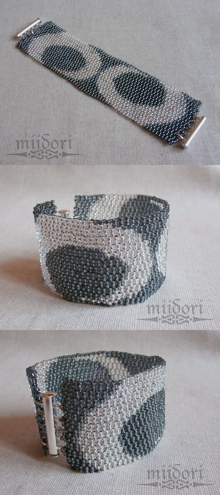 Double peyote bracelet