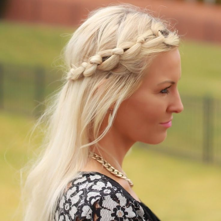 Kylee matched her volume hair with a knotted braid using Beauty brands gift! #MyGreatHairDay