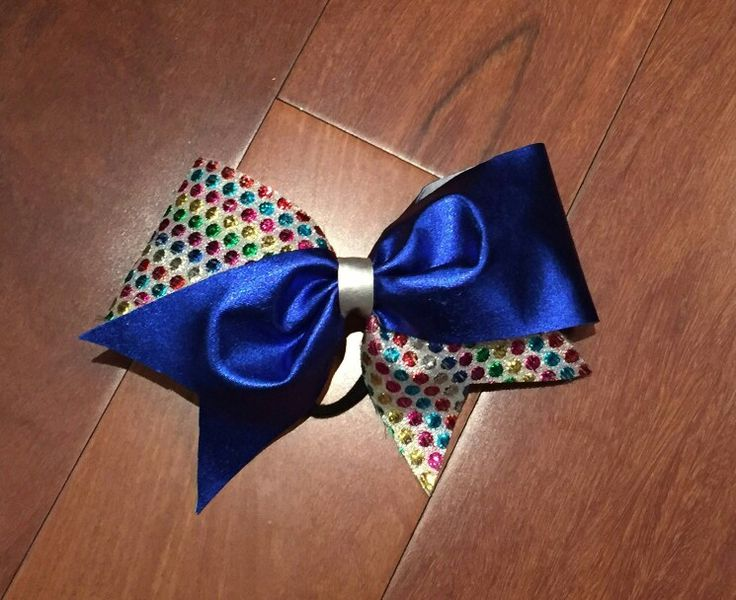 Dots cheerbow