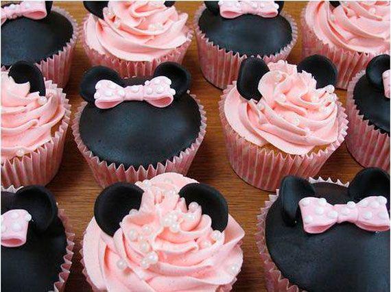 Love this one...MINI MOUSE CHOCOLATE CUPCAKE idea!Mickey Mouse, Birthday Parties, Minniemouse, Minis Mouse, Minnie Mouse, Cups Cake, Disney Cupcakes, Pink Cupcakes, Cupcakes Rosa-Choqu
