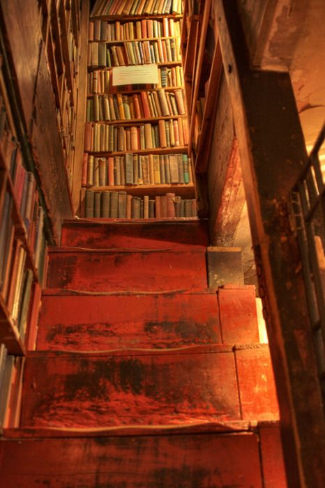 Bookshop stairs... I'd love to go to an old bookshop like this.