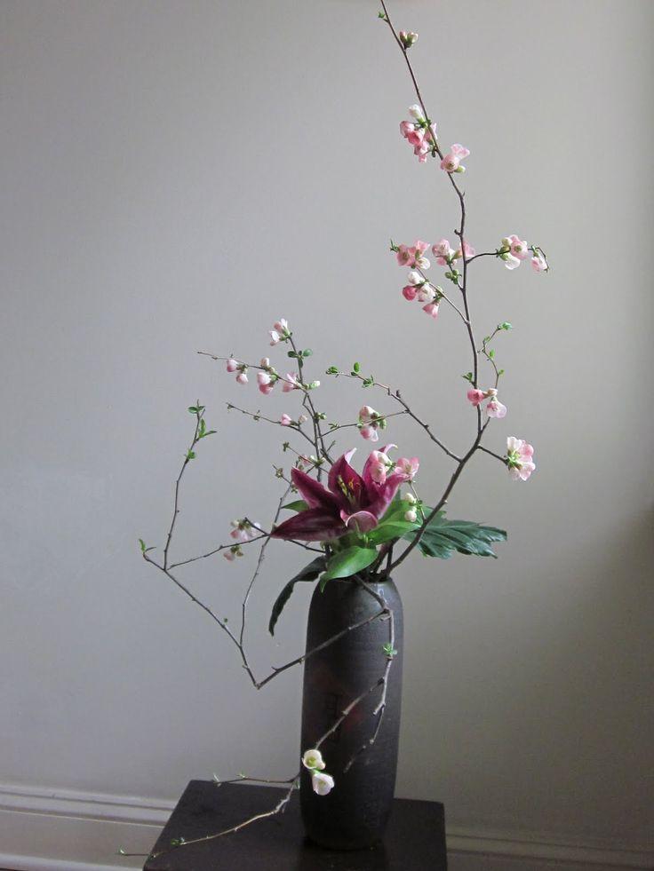 104 best woodsy floral arrangements images on pinterest for Floral arrangements with branches