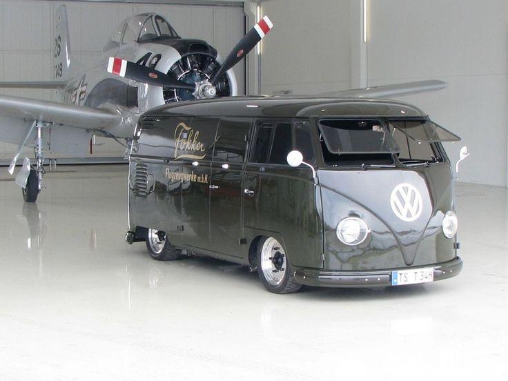Fokker VW bus memories | www.andreas-lerch.com | Brandopfer Andreas Lerch steht vor den Trümmern seiner Existenz