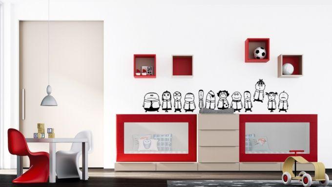 Sestava rostoucích postýlek Infinity, ze zábran postýlek se později sestaví psací stoly a z komody postele pro školáky, JJP, cena komody 19 400 Kč, cena postýlky 21 800 Kč, www.space4kids.cz