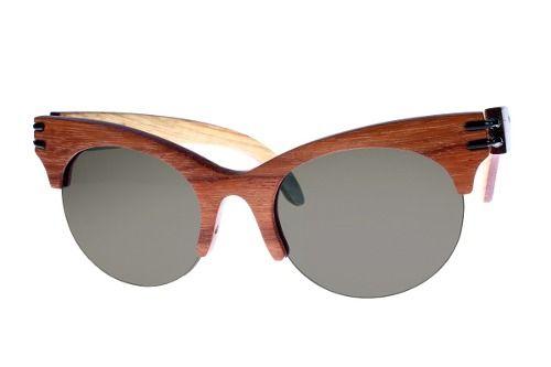 Gafas de sol en madera, filtro UV, Mujer, marca Maguaco S021. Maderas: Granadillo Rojo y Guayacán Hobo. $200.000 COP