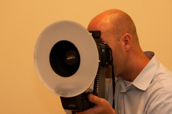 DIY Ring-Flash For DSLR Camera Video Tutorial - DSLR Photography News & Reviews