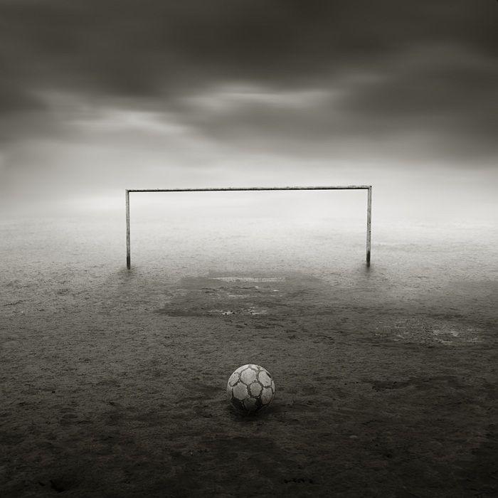 Michal Giedrojc - visionseries #creativephotography #creative #photo #photography #surreal #fineart #zdjecia #kretywne #fotografia #art #dark #sepia #sport #football giedrojcmichal.com/