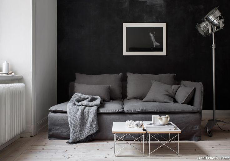 Bemz, la marque suédoise, propose des centaines de housses aux couleurs modernes et tissus variés pour tous les canapés et autres meubles Ikea.