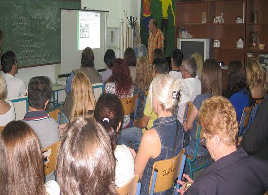 18-11-16 Ανοιχτή πρόσκληση στους Δήμους για τη Δια Βίου Μάθηση   18-11-16 Ανοιχτή πρόσκληση στους Δήμους για τη Δια Βίου Μάθηση Η Γενική Γραμματεία Διά Βίου Μάθησης & Νέας Γενιάς (Γ..Γ.Δ.Β.Μ.Ν.Γ) του Υπουργείου Παιδείας Έρευνας & Θρησκευμάτων και το Ίδρυμα Νεολαίας και Διά Βίου Μάθησης (Ι.ΝΕ.ΔΙ.ΒΙ.Μ.) καλούν τους Δήμους της επικράτειας σε υποβολή αίτησης ενδιαφέροντος για την συμμετοχή τους στη Πράξη Κέντρα Διά Βίου Μάθησης (ΚΔΒΜ)  Νέα Φάση με κωδικό ΟΠΣ 5002212 του Ε.Π. ΑΝΑΠΤΥΞΗ ΑΝΘΡΩΠΙΝΟΥ…