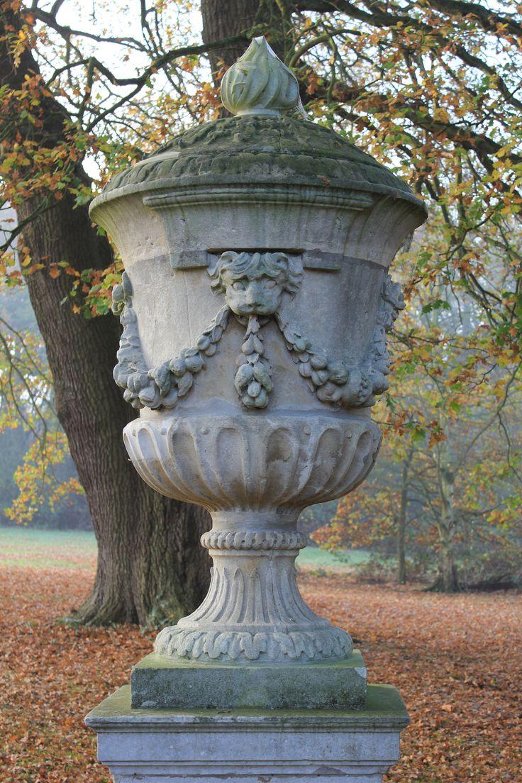 130 best Vases and flower pots images on Pinterest | Vases ...