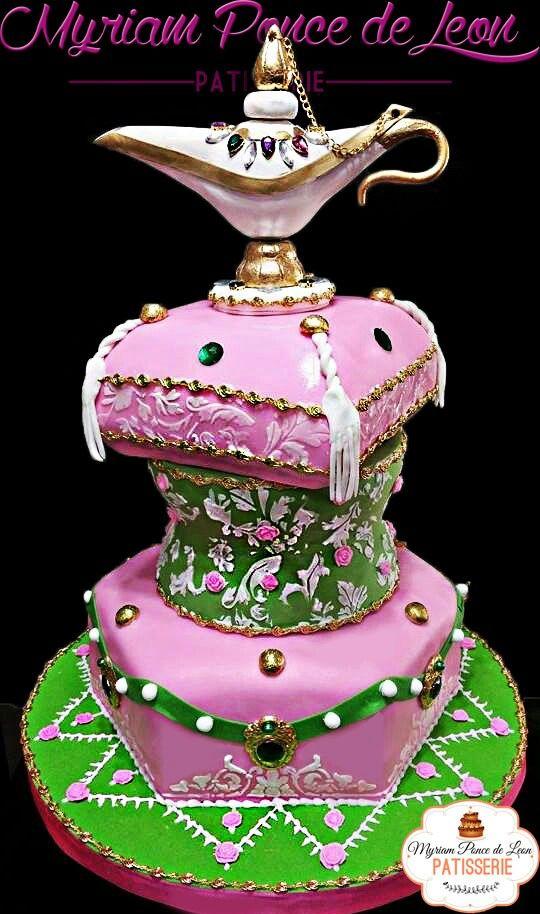 Cake lampara de aladino realizada en azucar