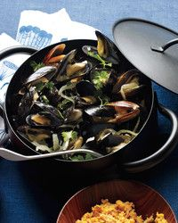 Sweet, plump mussels are steamed in a sauce made with tomatoes, garlic, red chile flakes, and wine; chorizo, a Spanish sausage, adds extra heat.