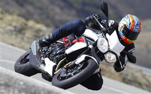 Triumph Street Triple R (2013-current) Motorbike Review   MCN