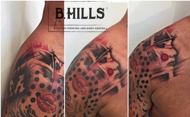 Trash Polka Tattoo #TrashPolkaTattoo #TrashPolka #Tattoo #TrashPolkaArm #FaceTrashPolka #LadyOktopusTattooArtist #Tattoo #ink #mouthtattoo #mouth #blackandred #shadeofcolor #ladytattoo #womantattoo #workinprogresstattooarm #tattooinprogress #BhillsTattooCompany #BhillsTattoo #TatuatoriVeneto #TattooMagazine #TattoArtist #Cittadella #TattuatoriCittadella #AnnuarioTattoo2016
