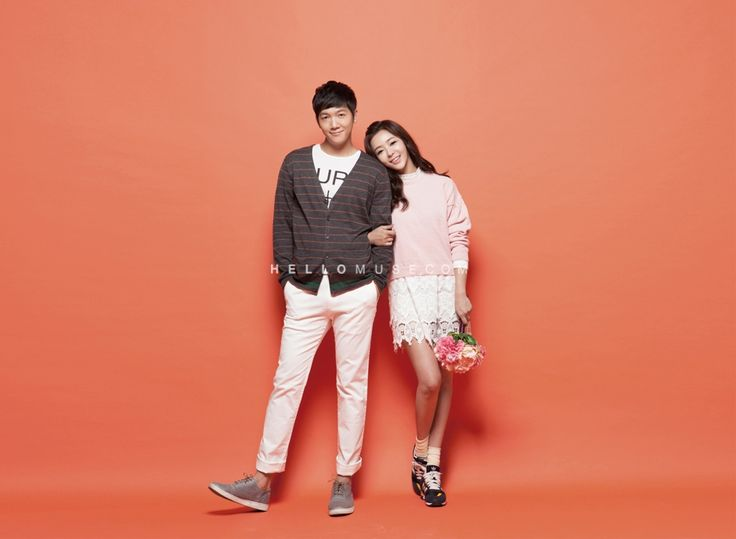 colorful and cute pre wedding photography