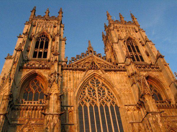 Йоркский собор. Один из самых больших средневековых храмов в северной Европе.
