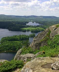 Hiking Maiden's Cliff Trail - Camden Hills State Park, Maine