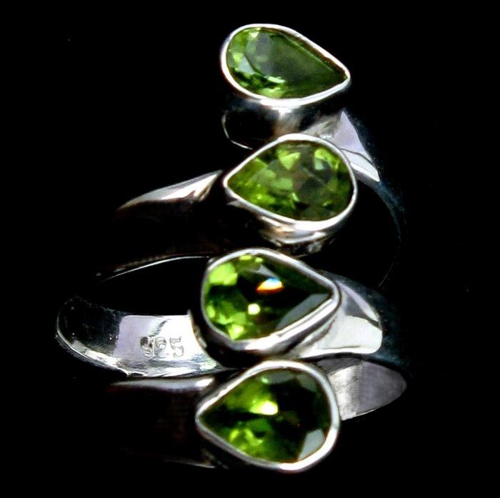 sterling silver Peridot ring $149