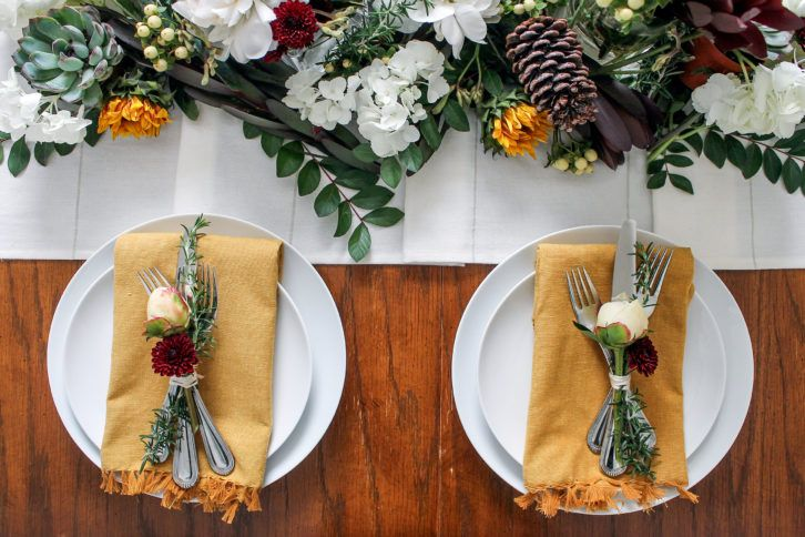 Table Setting/ Table Decor- Swap out the Fall colors for Deep Reds and Whites and you have your Christmas Dinner Table Setting!