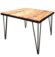 Mesas para restaurantes y cafeterías realizadas con maderas recuperadas.