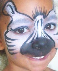 Zebra face paint idea.  Kidfolio - the app for parents - kidfol.io