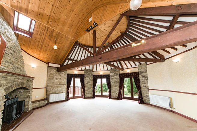 Another splendid gin-gan in a Northumberland barn conversion, Sept '16