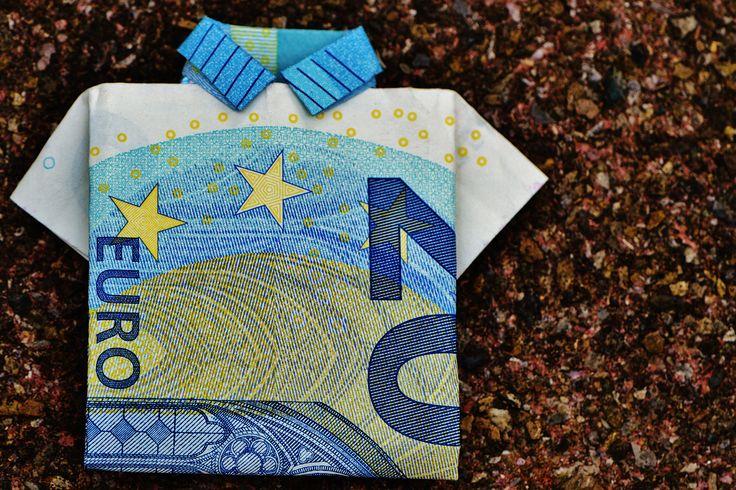Lustige Geldgeschenke basteln und verschenken. Wir geben dir ein paar Inspirationen für Geldgeschenke, die jeden zum Lachen bringen werden.