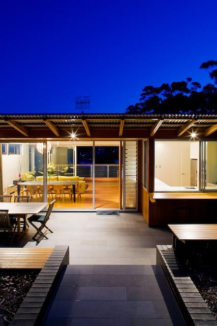 Love the louvres...Beach shack couture   Designhunter