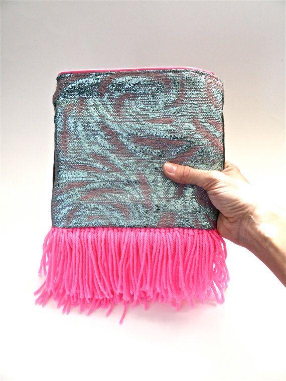 Tissés à la main rose néon et embrayage bleu Pastel / par jujujust