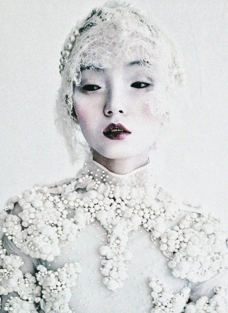 Xiao Wen Ju wears Givenchy Haute Couture F/W 2011 in 'Magical Thinking' shot by Tim Walker for W March 2012 - scanned from Tim Walker: Storyteller