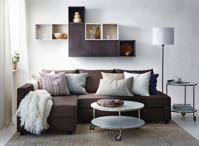 Donnez un look design et chaleureux à votre salon grâce à ce canapé FRIHETEN. Installez-vous confortablement!