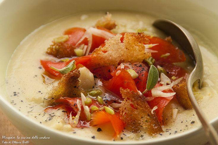 Zuppa di merluzzo e salmone affumicato: cremosa e irresistibile è ideale da servire durante le fredde giornate invernali.