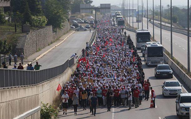 "Sendika (.) Org ///  Adalet Yürüyüşü'nde 21. gün: ""AKP adaleti değil, evrensel adalet lazım"""