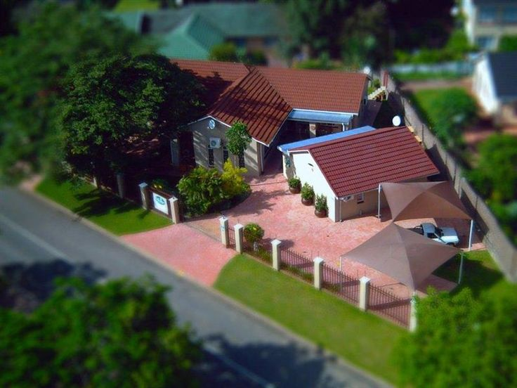 35 Kelkiewyn Bed and Breakfast - At 35 Kelkiewyn Bed and Breakfast, we are passionate about what we do.  We are situated in West Acres in Nelspruit, close to the Mediclinic, as well as the Tshwane University of Technology.Our one Twin ... #weekendgetaways #nelspruit #lowveldlegogote #southafrica