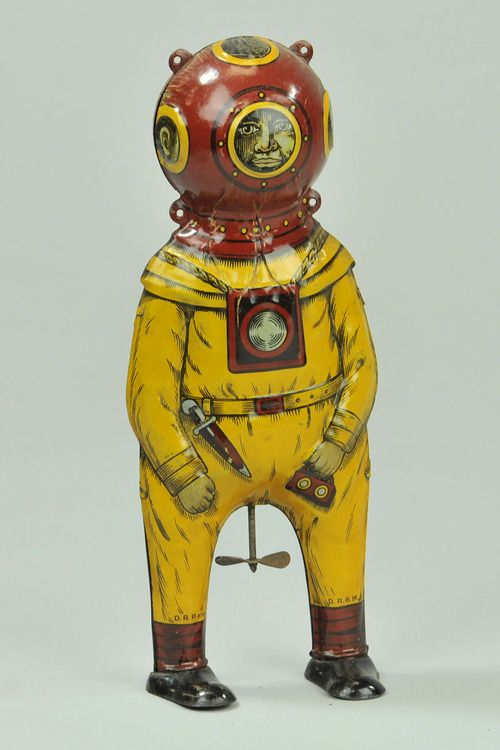 thingsmagazine:  Deep Sea Diver lithographed tinplate wind-up toy, German