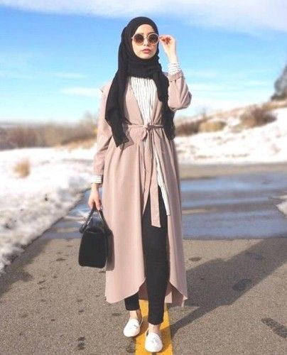 beige long coat hijab style, Hijab chic from the street http://www.justtrendygirls.com/hijab-chic-from-the-street/
