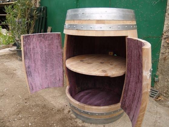 Un fût de vin Je veux une chose similaire pour mettre lecteur dvd, box, etc...