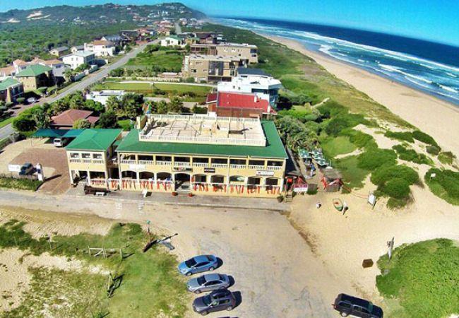 PiliPili Beach Bar