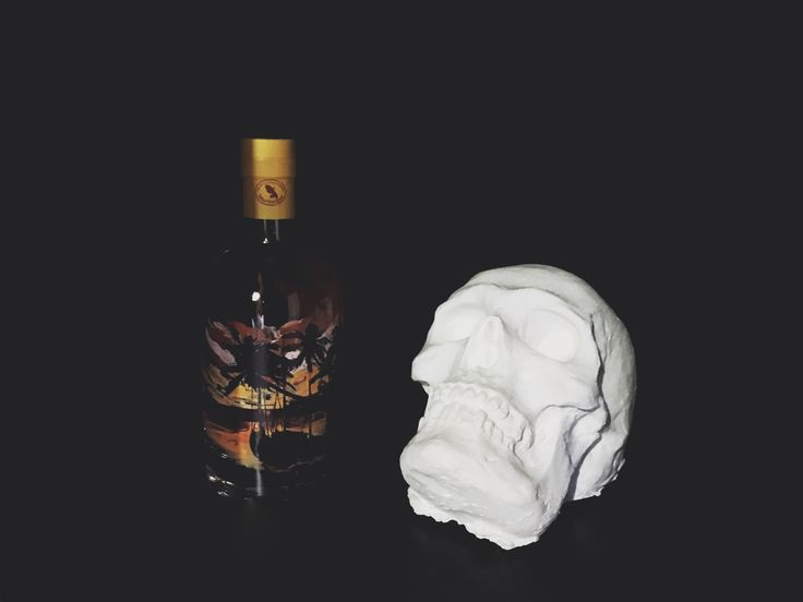 memories rum caribbean skull all' black