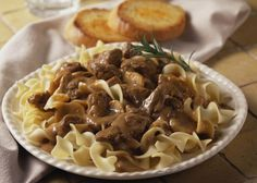 Rich Beef Stroganoff with Onions and Sour Cream: Beef Stroganoff With Noodles