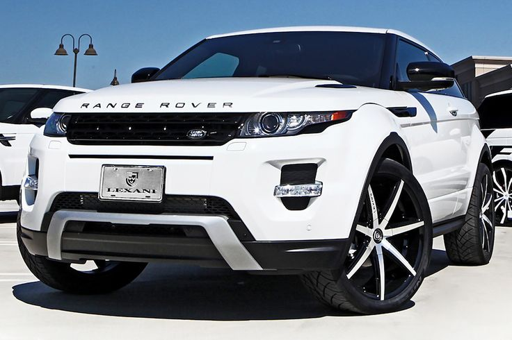 Range Rover Evoque with Black Rims
