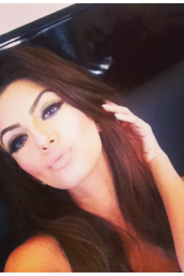 Faryal makhdoom  definitely my other girl crush. too much makeup but sesky!
