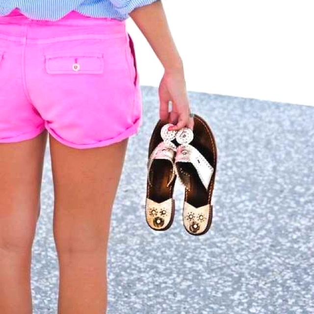 hot pink j.crew shorts and gold jack rogers