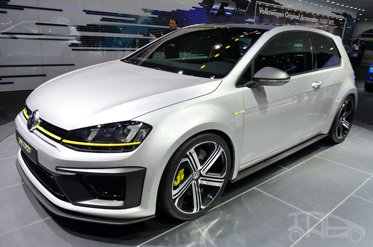 Volkswagen-Golf-R-400-concept-front-three-quarters.jpg (1280×847)