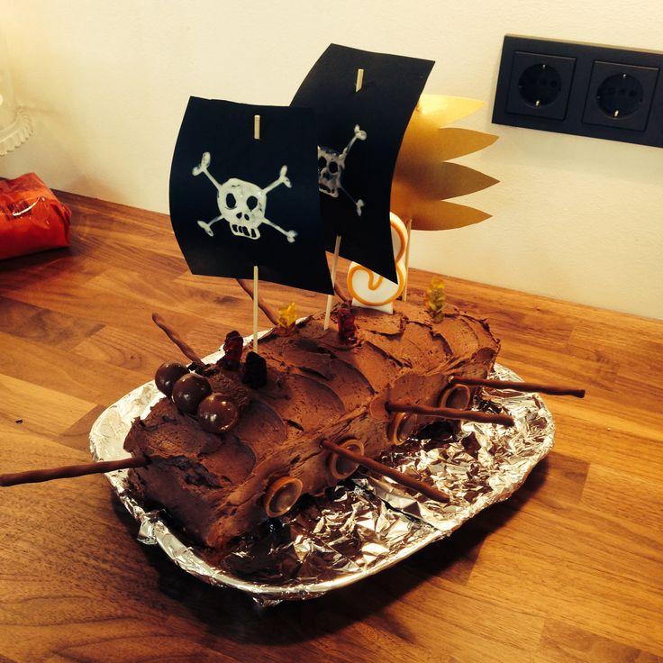 Das ist meine Version des Piratenkuchen für den Kindergeburtstag meiner Tochter!