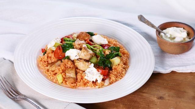 Oppskrift på Bulgur med kylling og spinat, foto: