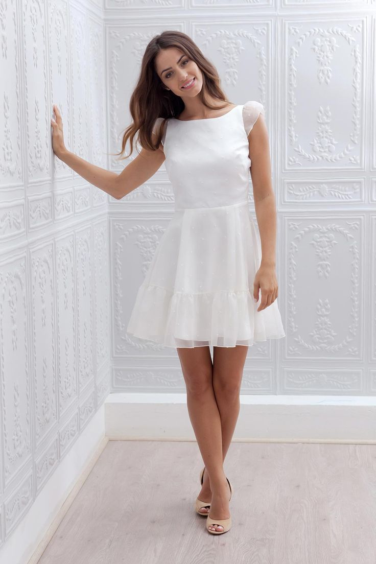 Robe de mariée courte - Marie Mathilde, modèle Juliette #bridaldress #robecourte #shortweddingdress