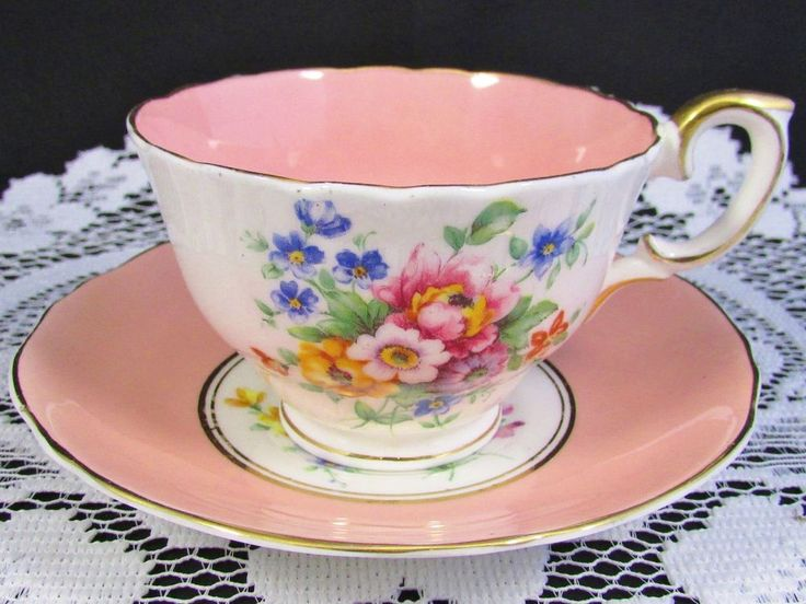 CROWN STAFFORDSHIRE LAVISH FLORAL BLUSH PINK TEA CUP AND SAUCER | Antiques, Decorative Arts, Ceramics & Porcelain | eBay!